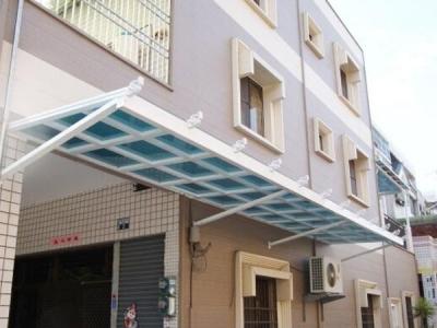 济南玻璃钢雨篷