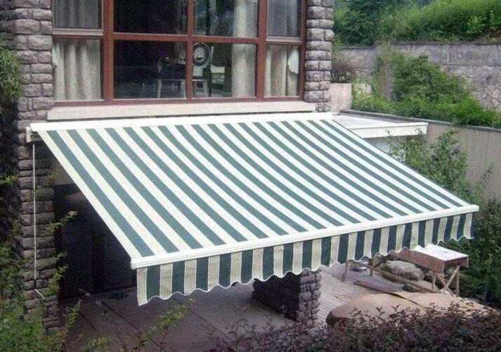 济南长清区农家小院安装遮雨篷